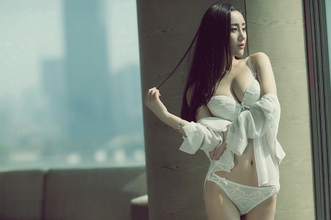 Should You Rely On An Escort Service In Delhi?